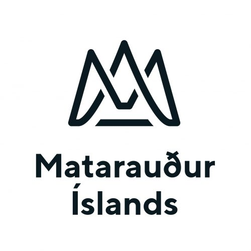 Mataraudur Islands vertical
