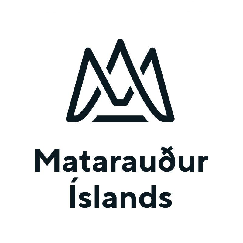 Mataraudur Islands vertical